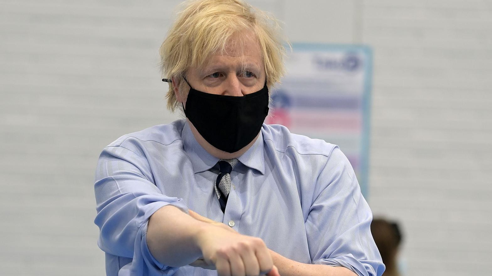 Boris se quiere saltar el protocolo