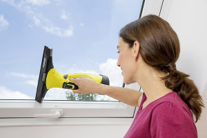 Limpia los cristales como todo un profesional: este limpiador te lo hará fácil y rápido