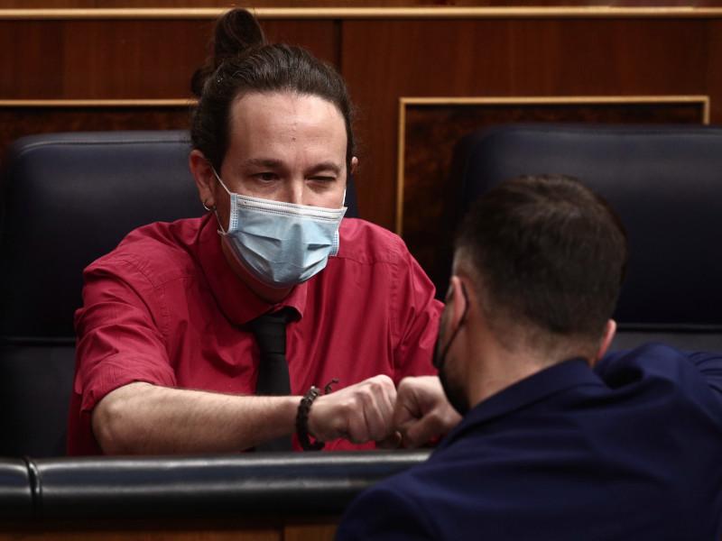 Altos cargos de Podemos aseguran que Iglesias dejará el partido si no gobierna Madrid