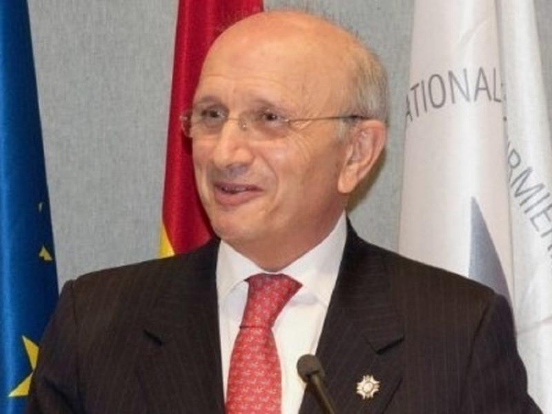 Máximo González.