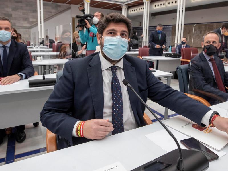 El PSOE denuncia a López Miras y a los exdiputados de Cs por cohecho tras la moción de censura