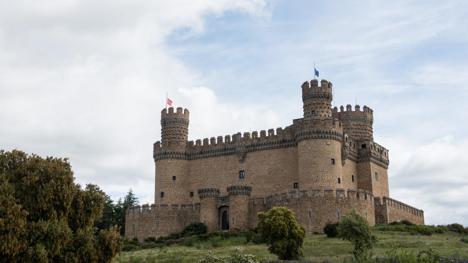 """Los alcaldes de los pueblos de la Sierra de Guadarrama se revuelven ante el """"colapso"""" de turistas"""