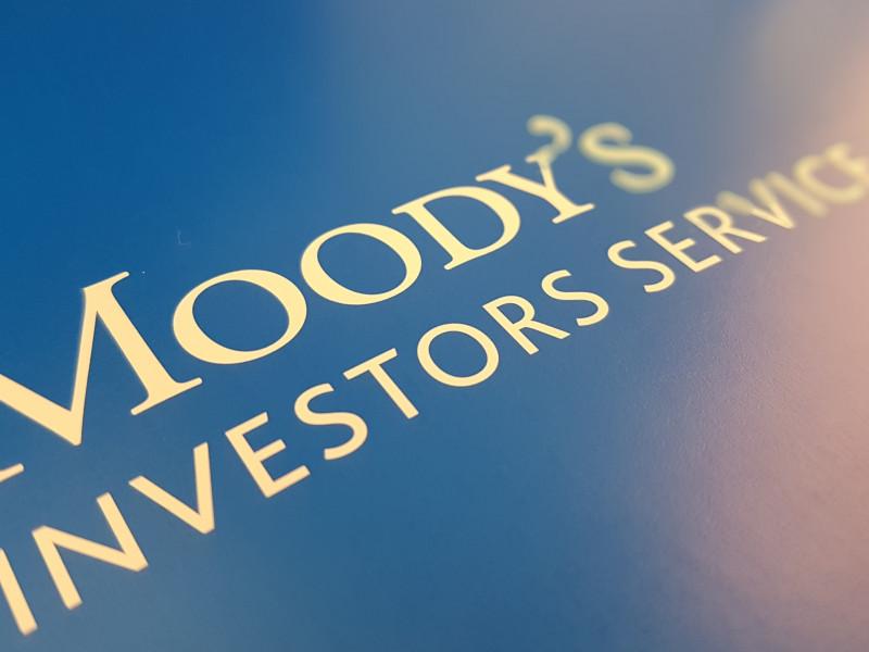 Moody's alerta de que la banca perdería unos 1.300 millones con las quitas de créditos ICO