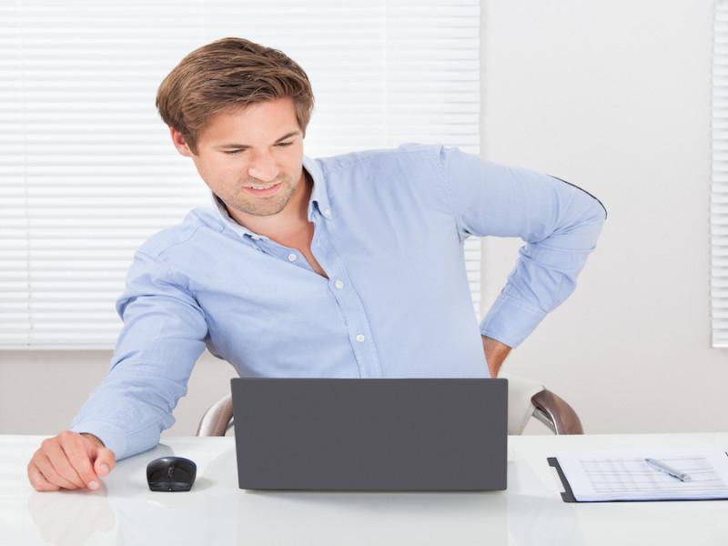 ejercicios estiramiento musculos ordenador teletrabajo