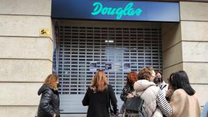 Douglas y los sindicatos alcanzan un preacuerdo sobre el ERE con una rebaja del 17% de los despidos