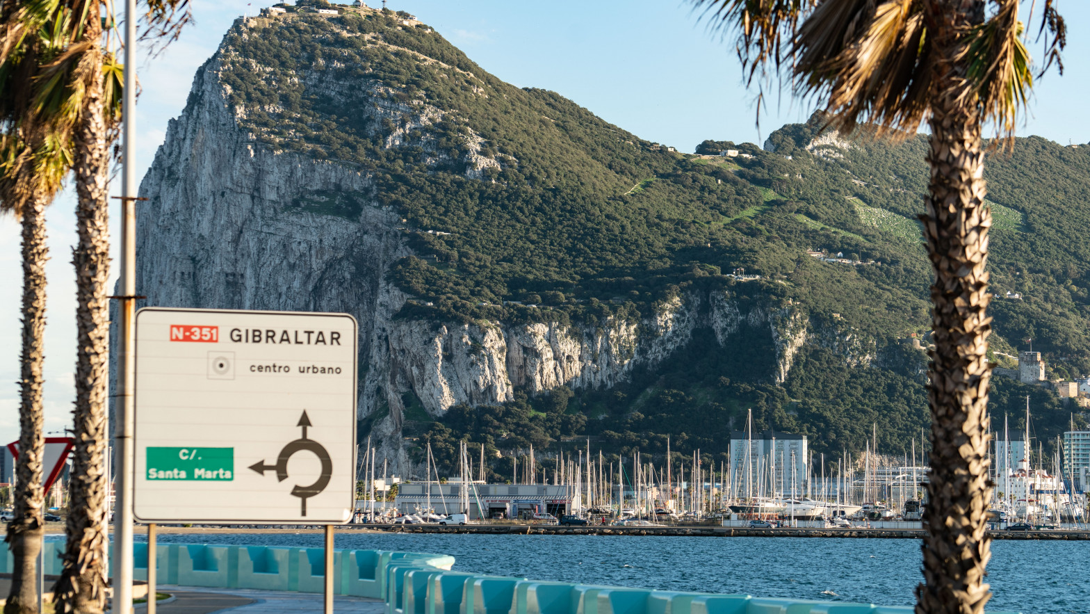 Bruselas lleva a Reino Unido al TUE por no recuperar 100 millones en ayudas fiscales ilegales en Gibraltar