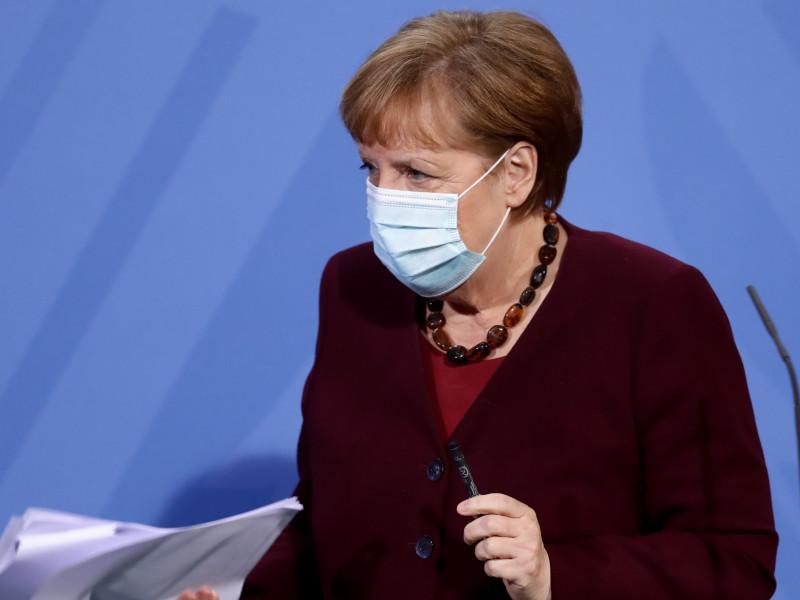 """Críticas a Merkel en Alemania por permitir los vuelos a Baleares: """"Es un grave error"""""""