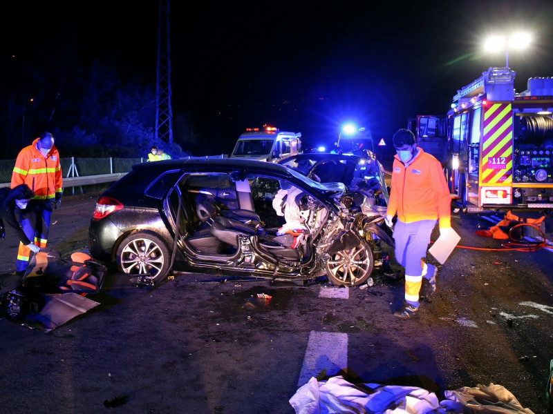 Mueren una madre y sus dos hijos en un accidente de tráfico en Salceda de Caselas (Pontevedra)