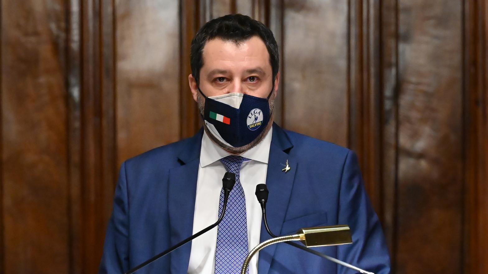La Fiscalía de Palermo solicita la imputación de Salvini por secuestro en el caso 'Open Arms'