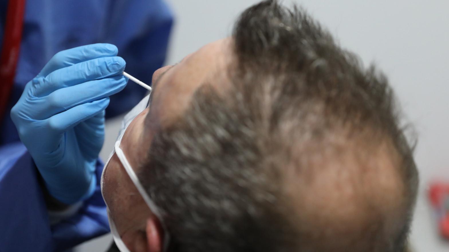 Madrid hará test de antígenos en Alcalá de Henares y Majadahonda