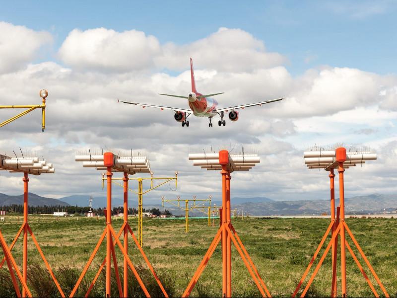 Repsol busca fondos europeos para potenciar el combustible ecológico en aviones