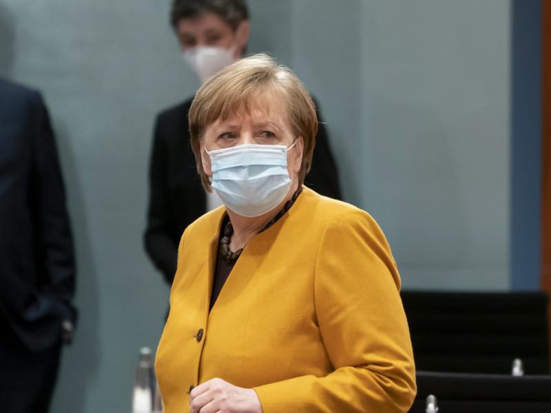 """Angela Merkel anula el """"parón"""" de Alemania en Semana Santa y asume su """"error"""""""