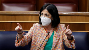 Los biólogos cargan contra Darias: acusan a Sanidad de no regular la biología sanitaria