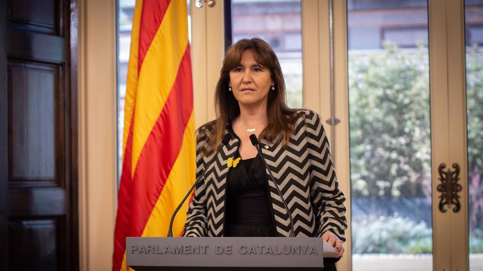 La presidenta del Parlament intenta evitar la detención de una diputada de la CUP