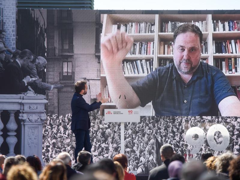 ERC vuelve a presionar a Sánchez con los indultos para calmar a Junts