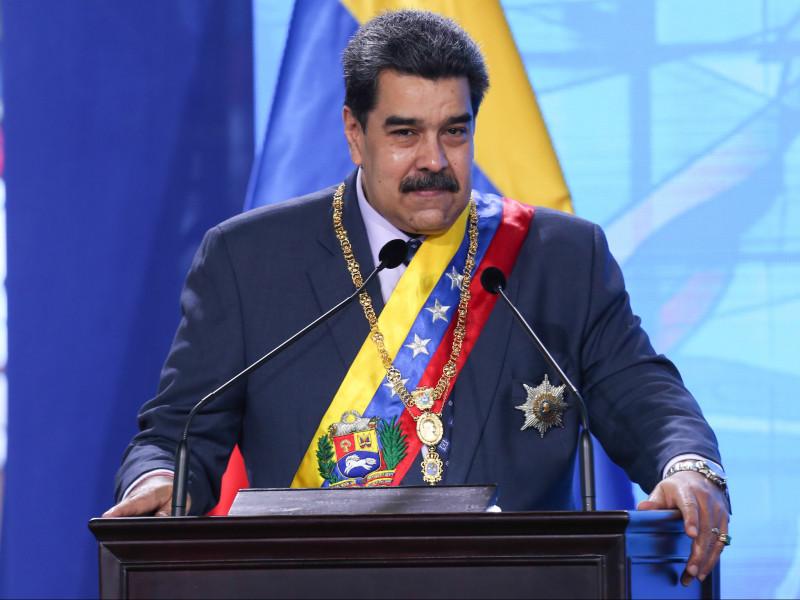 """Maduro dice que en Venezuela no entrará """"ninguna vacuna que esté causando estragos en el mundo"""""""