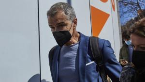 Cantó pide aglutinar el voto en torno a Ayuso y asegura estar empadronado en Madrid