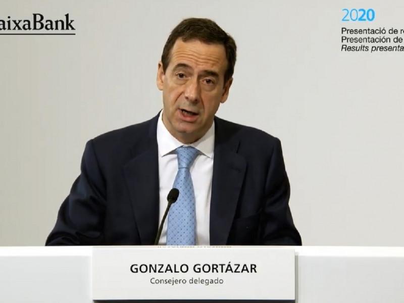 Caixabank comenzará las negociaciones del ERE con sindicatos tras la semana santa