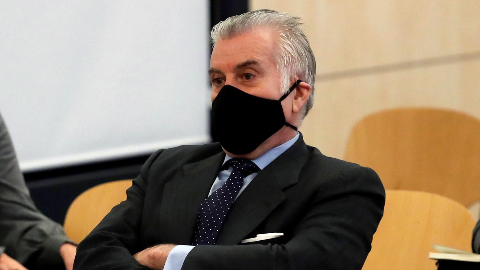 El juez pide a Anticorrupción que informe sobre posibles cuentas de Bárcenas en Canadá y EEUU