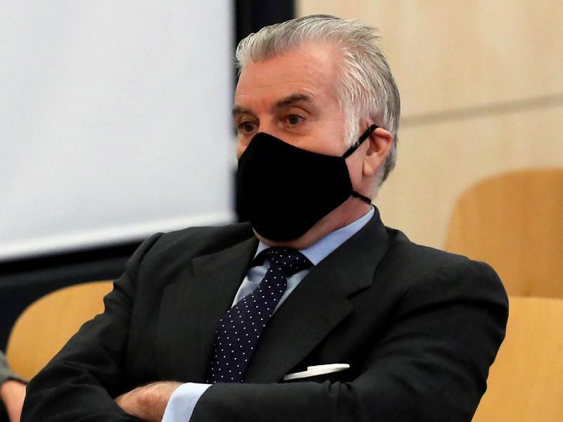 El juez Pedraz pide a Anticorrupción que informe sobre cuentas de Bárcenas en Canadá y Estados Unidos