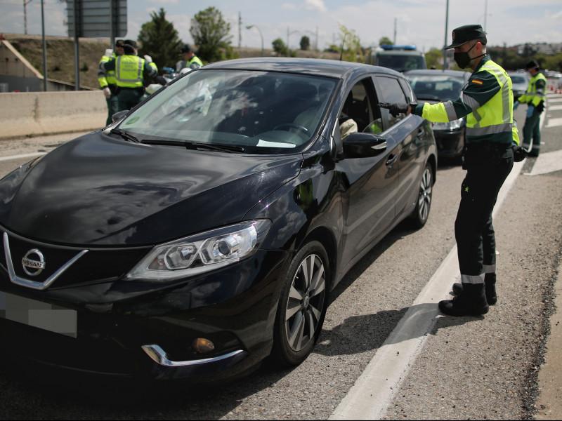 La DGT recaudó casi un millón de euros al día en 2020 en multas pese a las restricciones