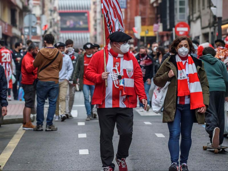La cepa británica y las finales de Copa causan la virulencia de la cuarta ola en el País Vasco