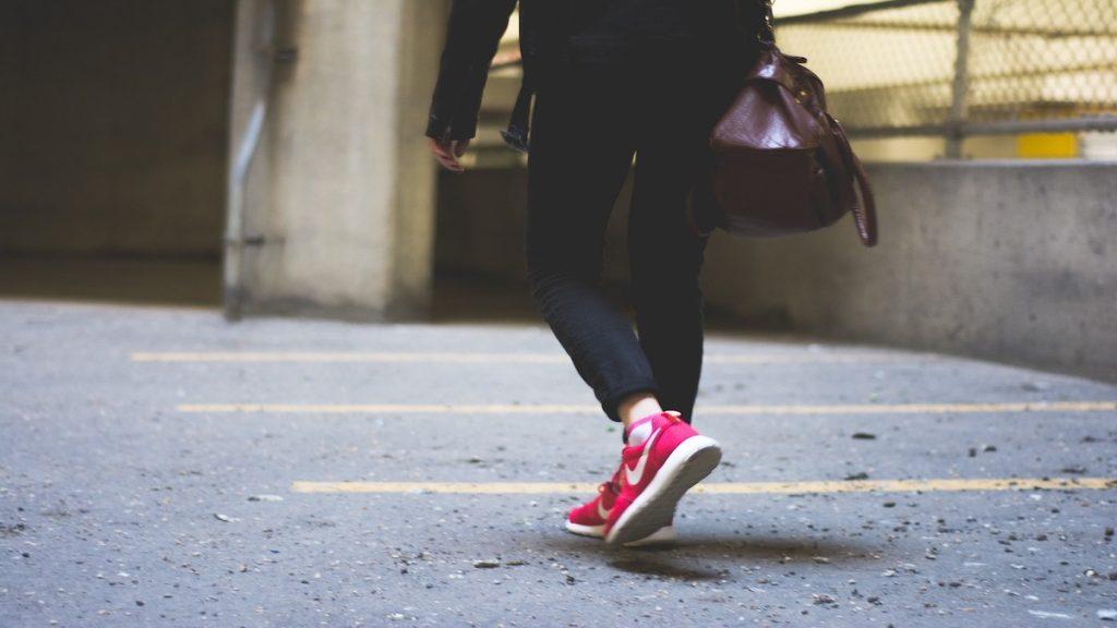 caminar andar pasear 10.000 pasos