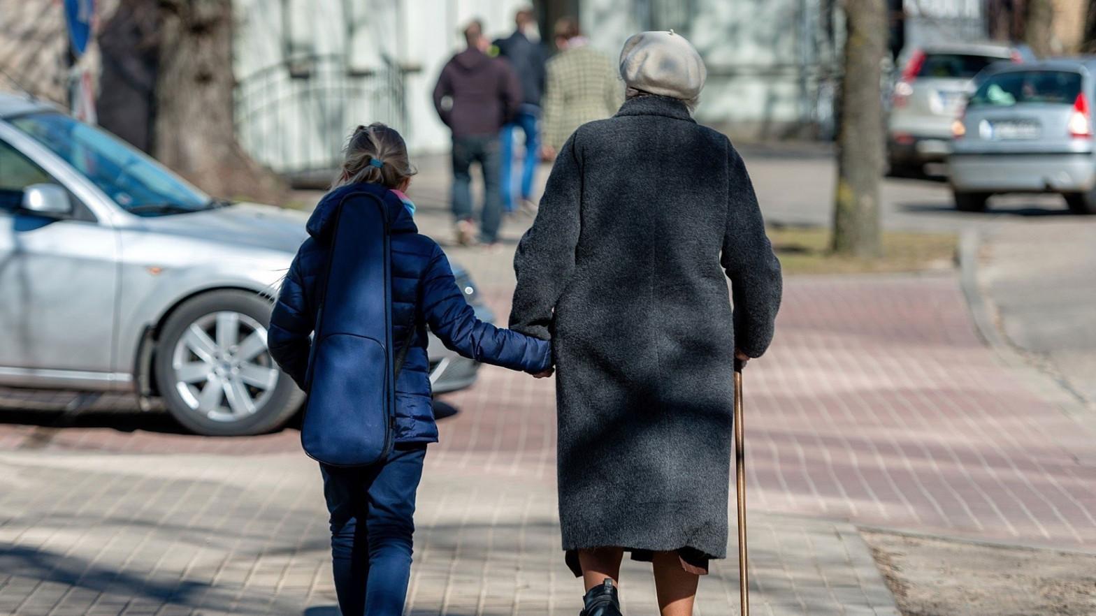 España registra el mayor descenso de esperanza de vida en la UE en 2020