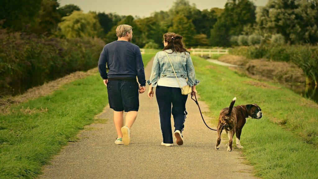 pasear caminar andar 10,000 pasos