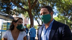 Insultos y agresiones durante el mitin de Vox en Vallecas