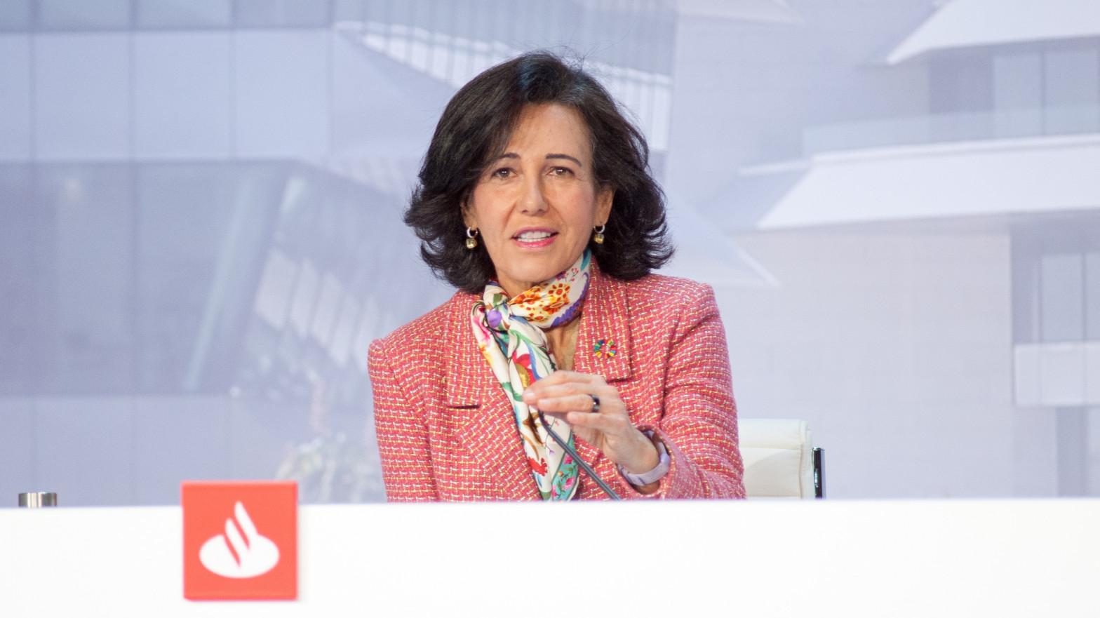 Un pleito con Axa presiona al Santander en Reino Unido tras reducir provisiones