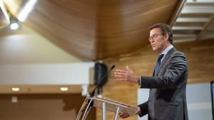 Galicia retrasa el toque de queda