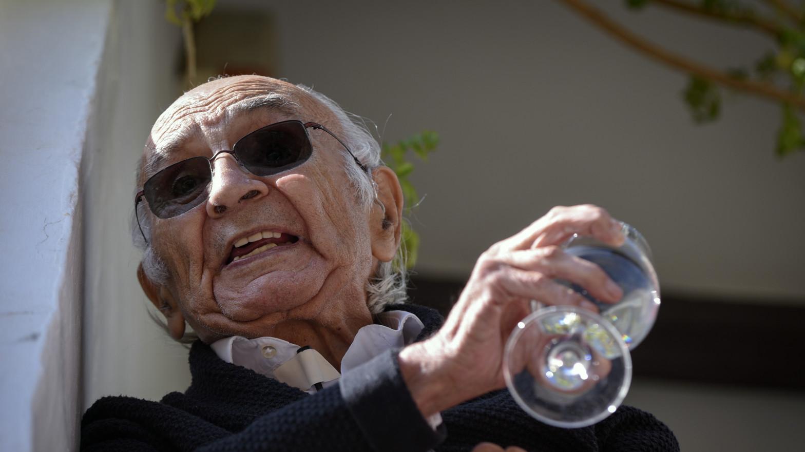 Suspenden la entrega del Premio Cervantes por la delicada salud de Francisco Brines