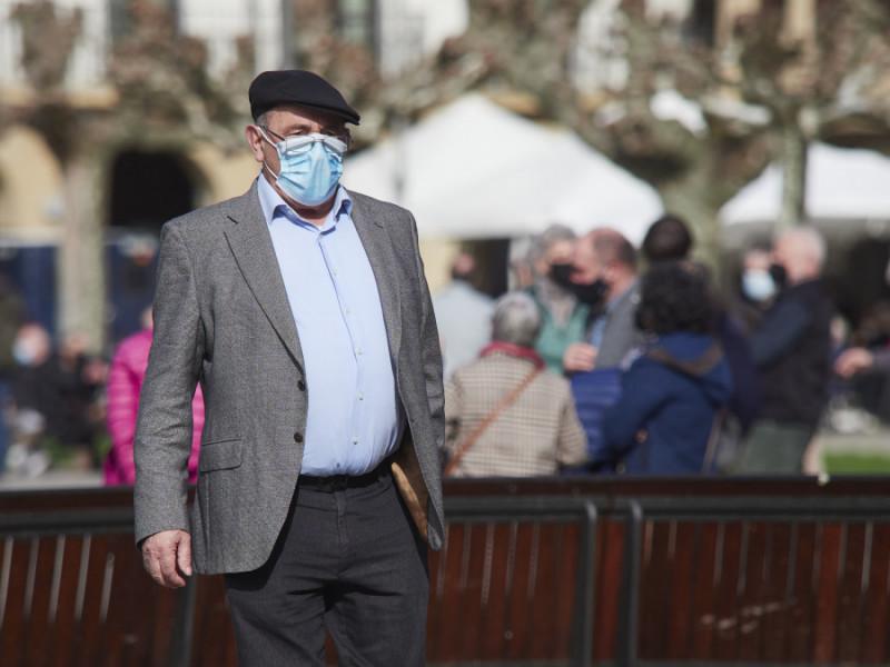 España recupera el número de pensionistas previo a la pandemia y roza los 9 millones