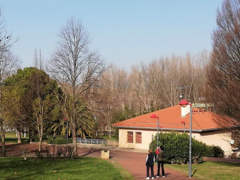 Seis detenidos, dos de ellos menores, por la muerte de un repartidor de comido en Logroño