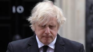 Los pubs y comercios de Reino Unido reabren tras tres meses cerrados por la covid