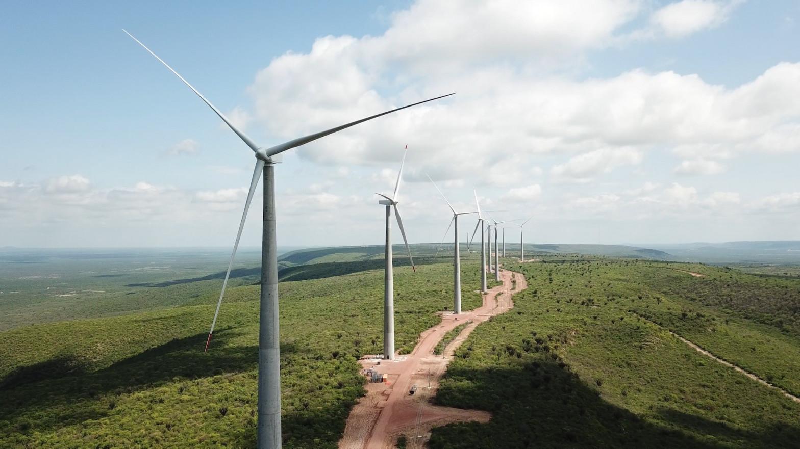 Los fondos atacan a las renovables en pleno 'boom' del sector