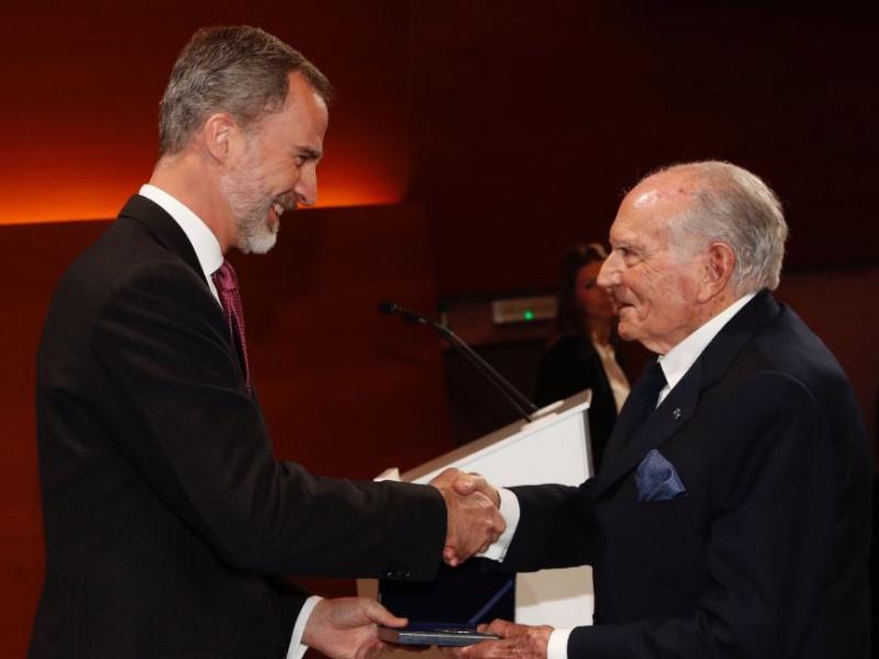 Muere el empresario Mariano Puig, expresidente de Puig.