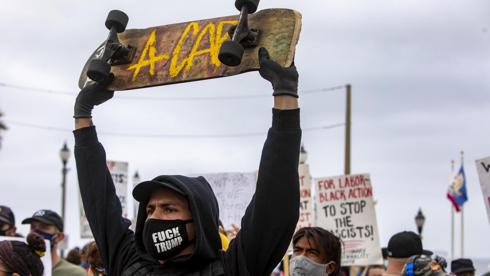 Tercera noche de protestas por la muerte del afroamericano Wright a manos de la Policía