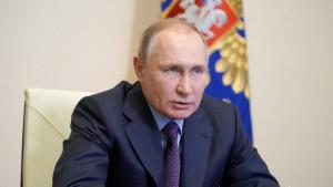 Putin invita al mundo a vacunarse en Rusia
