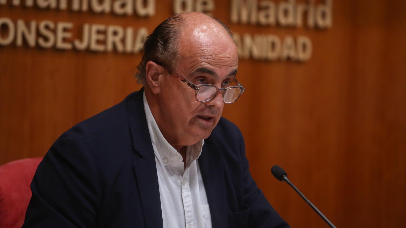 """Madrid amenaza con cerrar los centros de vacunación masiva """"si no llegan más dosis"""""""