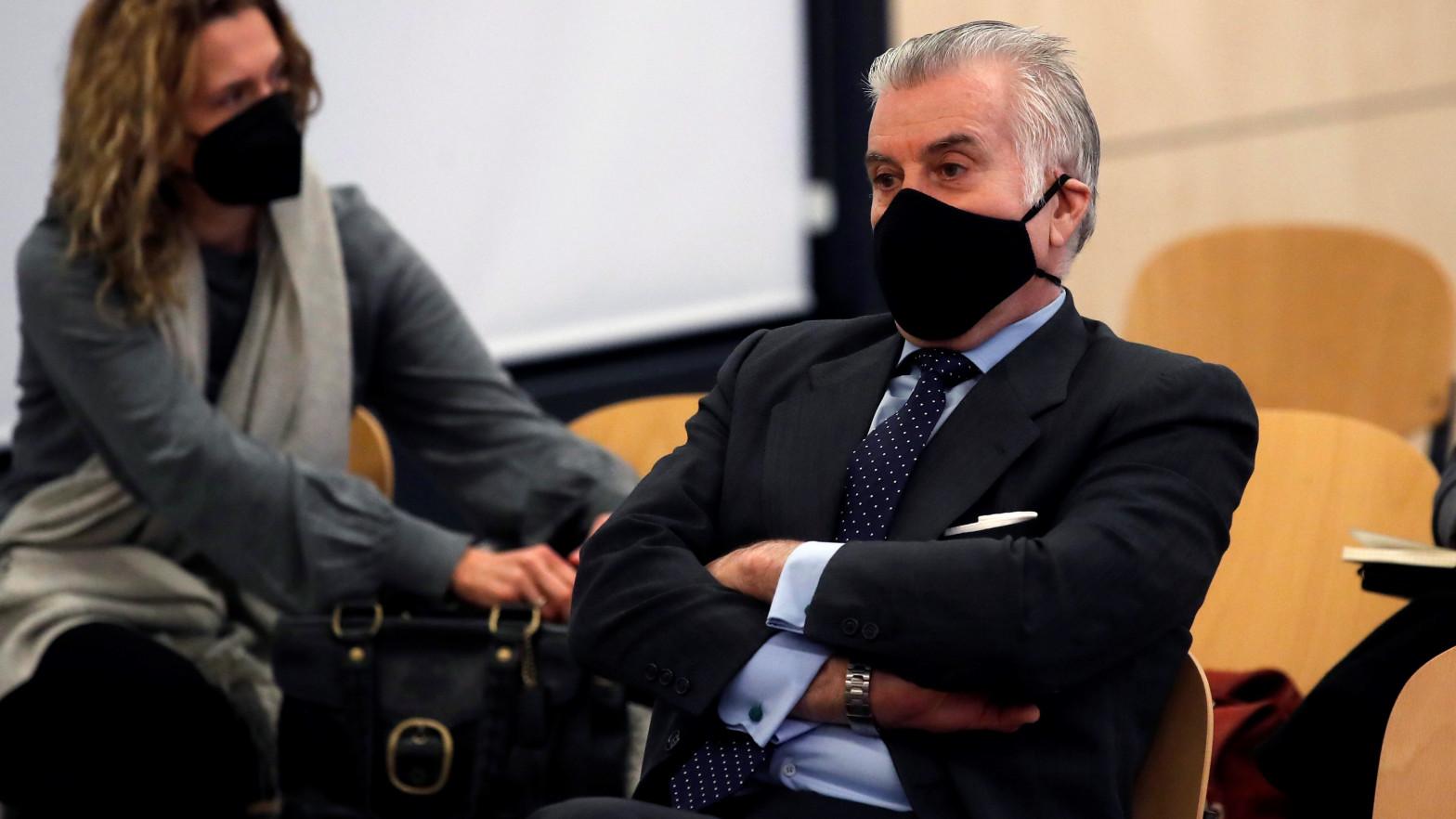 La Audiencia Nacional comunica a Suiza la autorización de los líderes de la Gürtel y Bárcenas para repatriar 58 millones