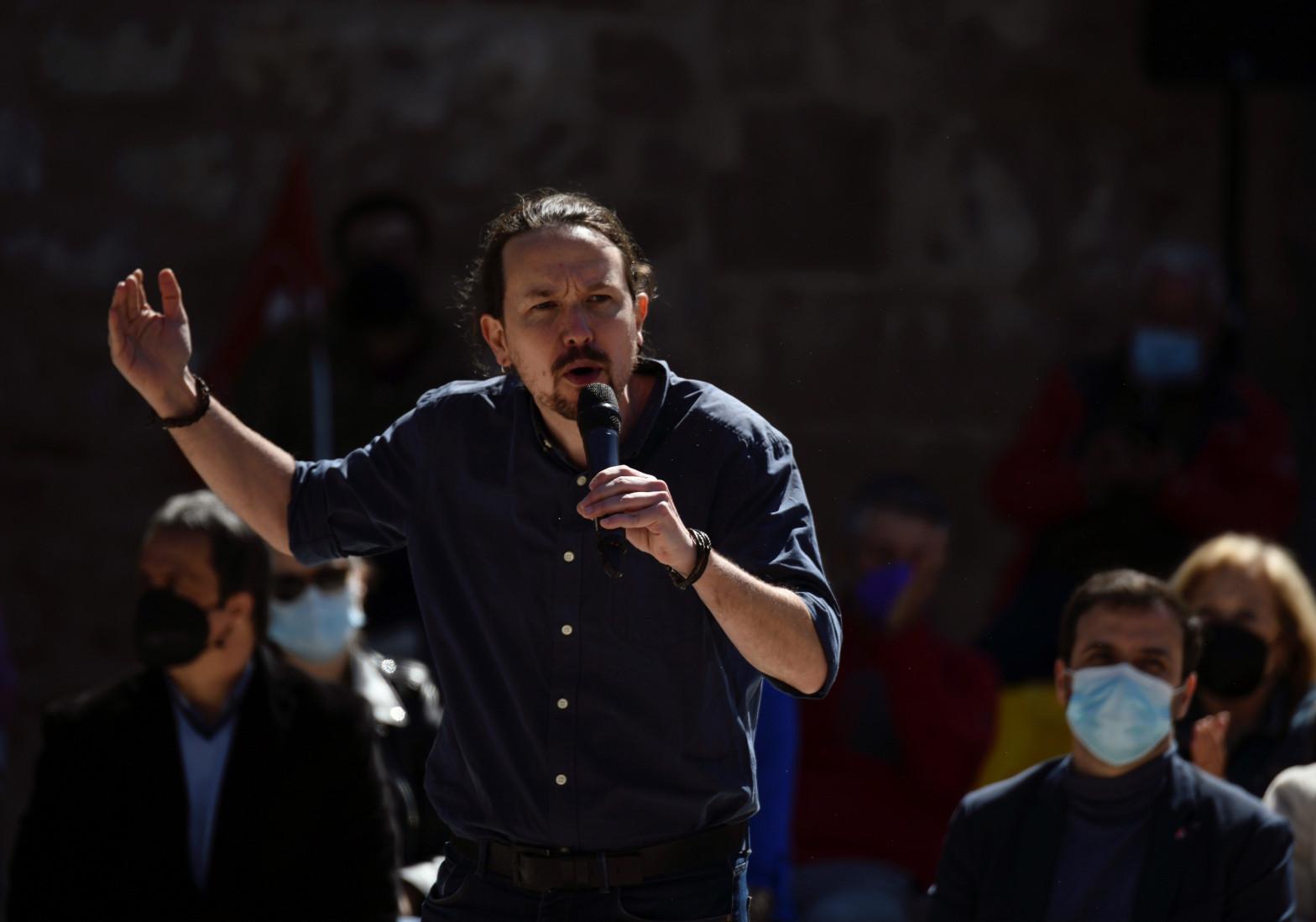 """Iglesias carga contra la congelación fiscal de Gabilondo y acusa a Ayuso de """"secuestrar"""" a los madrileños"""