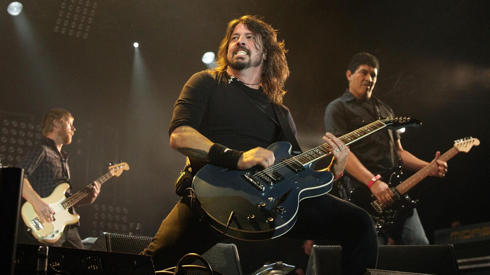 Foo Fighters aplaza a 2022 su gira europea