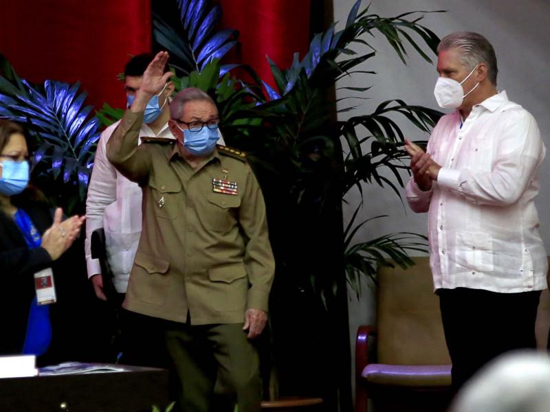 Díaz-Canel, elegido como líder del Partido Comunista de Cuba en sustitución de Raúl Castro