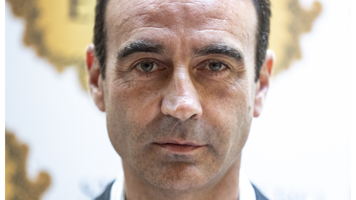 Enrique Ponce rompe (por fin) su silencio tras sus 'cuernos' a Paloma Cuevas