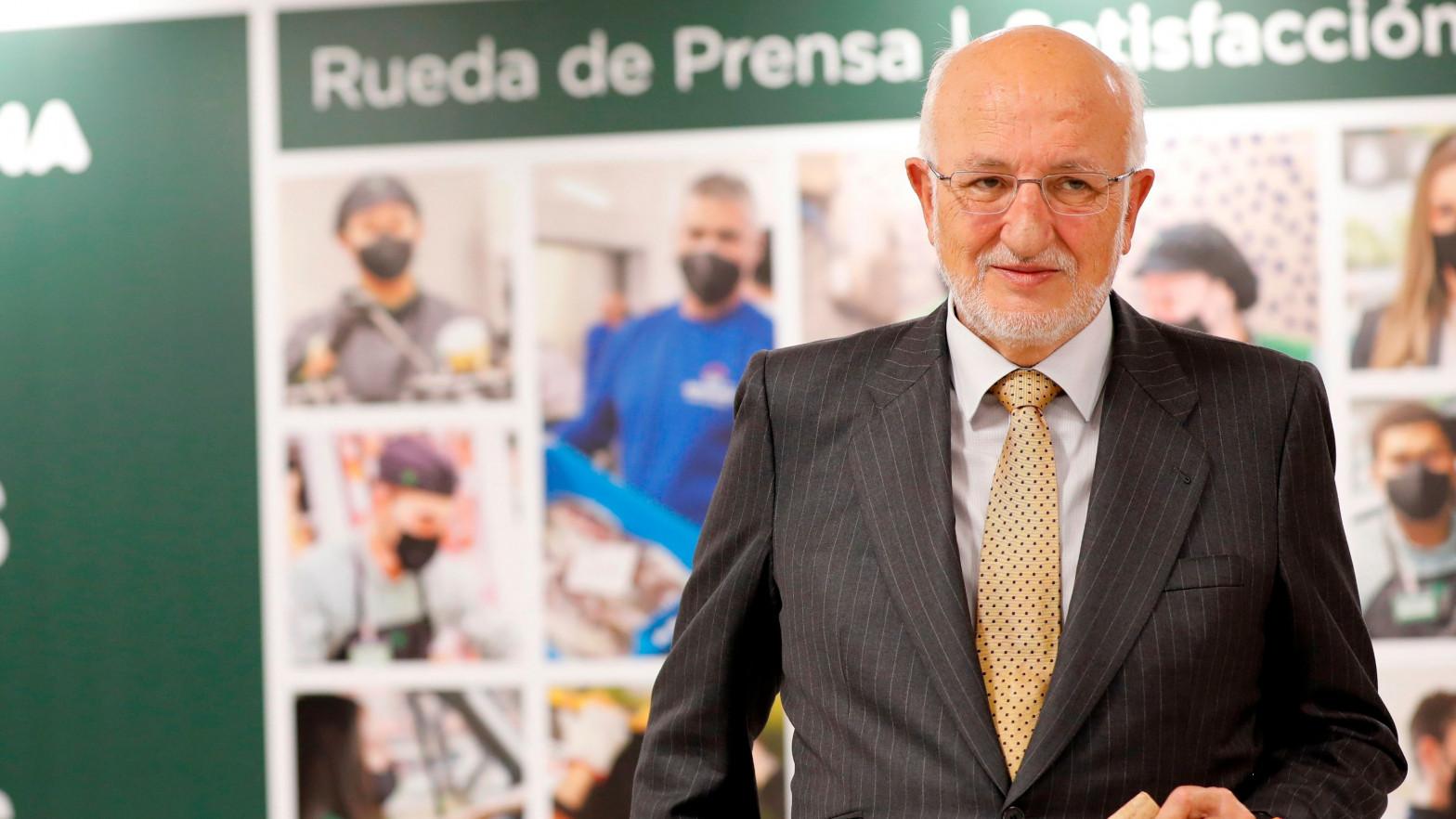"""El recado de Juan Roig al Gobierno y las comunidades autónomas: """"No nos pongan palos en las ruedas"""""""
