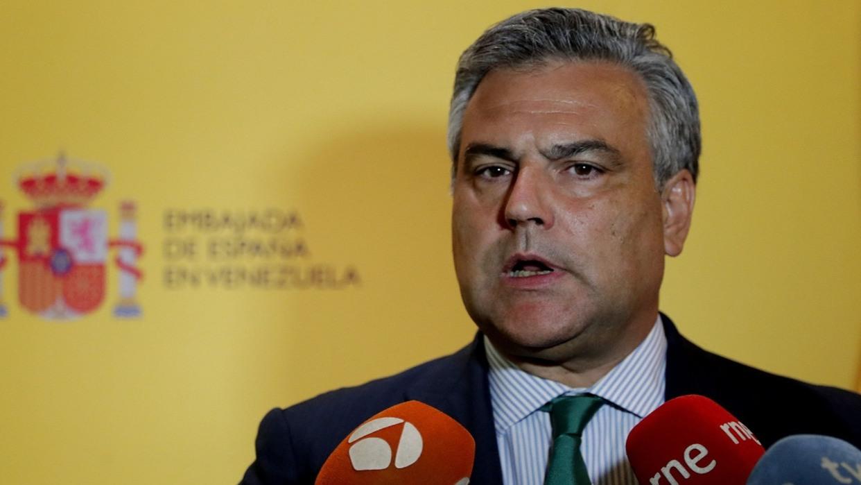 El exembajador en Venezuela irá de cónsul a Sudáfrica y la sobrina de Rajoy a Kazajistán