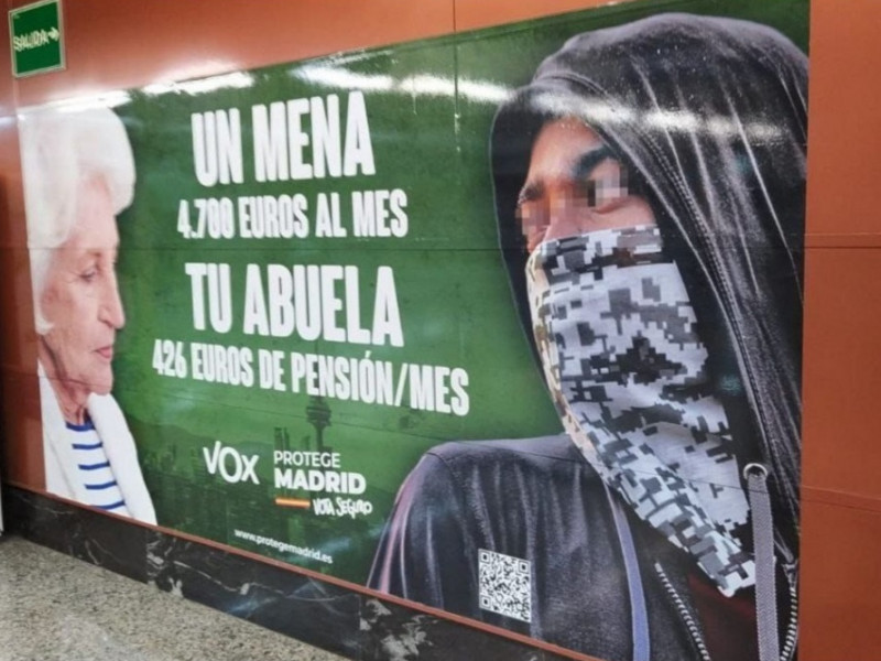 La jueza archiva la denuncia contra Vox por el cartel de menores extranjeros en Madrid