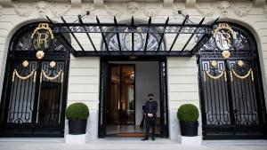 Entrada principal del hotel Ritz